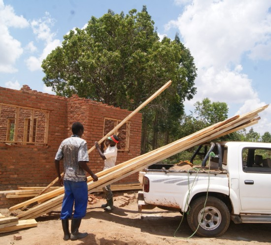Roof timber for houses on the upper farm