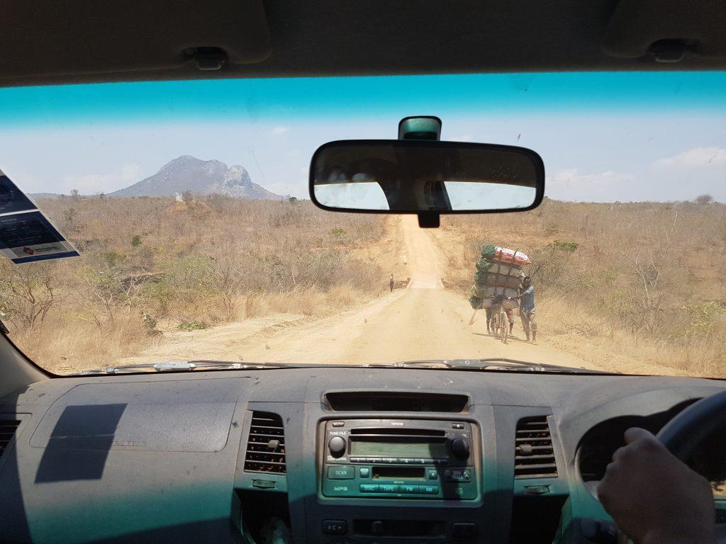 Road to Enyezini school