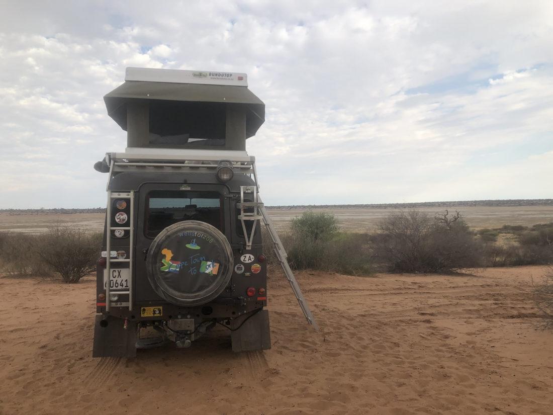 Land Rover Defender enroute